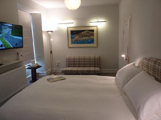 Cefn-Y-Dre Gallery Room Bedroom