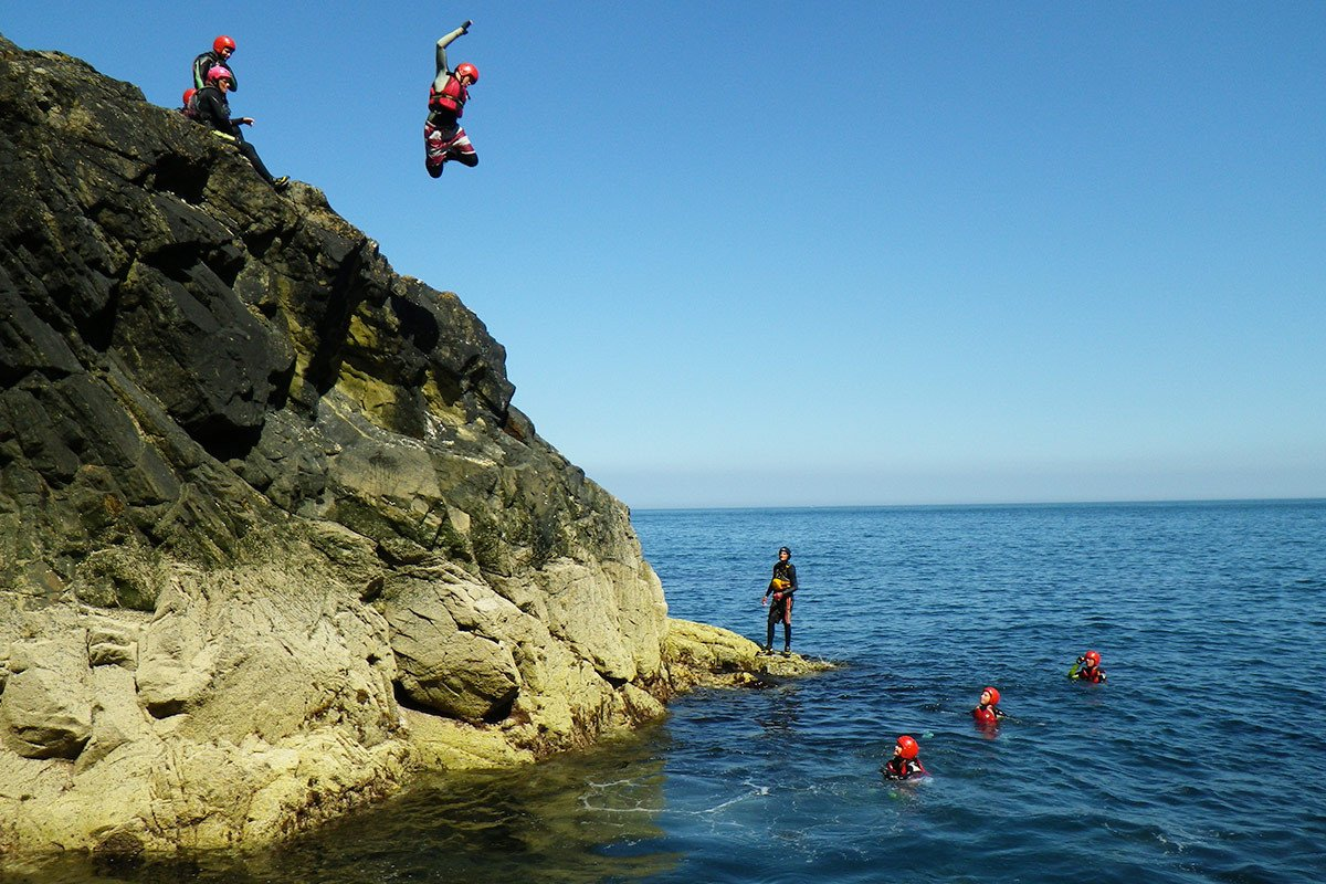 Cliff Jumping - Jumps from zero to 35ft, 3, 2, 1 and LEAP. How high will you go? All jumps are optional, have the confidence to challenge yourself
