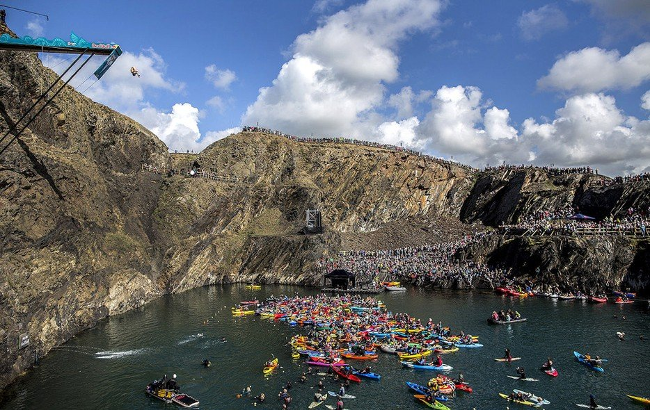 Red Bull Cliff Diving - Blue Lagoon, Abereiddy Pembrokeshire Wales